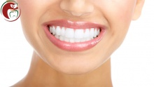 Teeth Cleaning & Polishing / Laser Teeth Whitening at Hollywood Smile Studio (starting from $30 instead of $100)